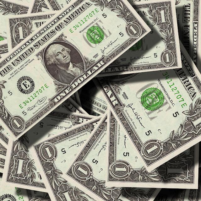 Dia de abertura do dólar em queda, veja o que influencia.