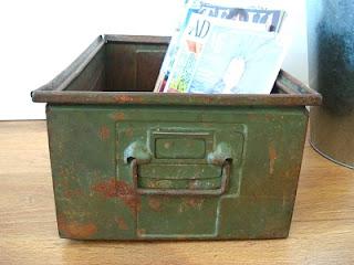 Venta de cajas antiguas de metal para decoración