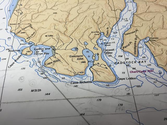 北極クルーズ コンパスの使えない地 幻の北西航路を辿る