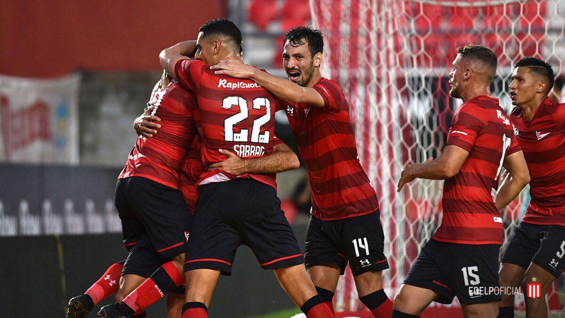 Estudiantes, con un gol de Cauteruccio en el descuento, venció a Aldosivi