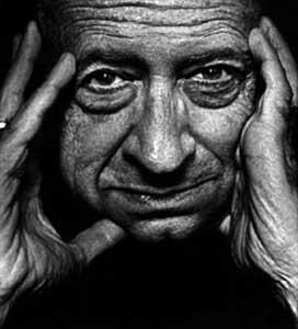 Robert Bloch, terror y humor negro a partes iguales.