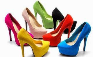 Keuntungan Berjualan Sepatu Wanita Melalui Media Sosial
