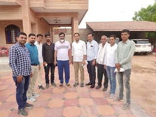 श्रीकोलायत से आरएलपी पार्टी के प्रत्याशी डॉ सुरेश बिश्नोई ने नागौर के सांसद व आरएलपी के राष्ट्रीय संयोजक हनुमान बैनिवाल से मुलाकात कर क्षेत्रीय समस्याओं से अवगत करवाया।