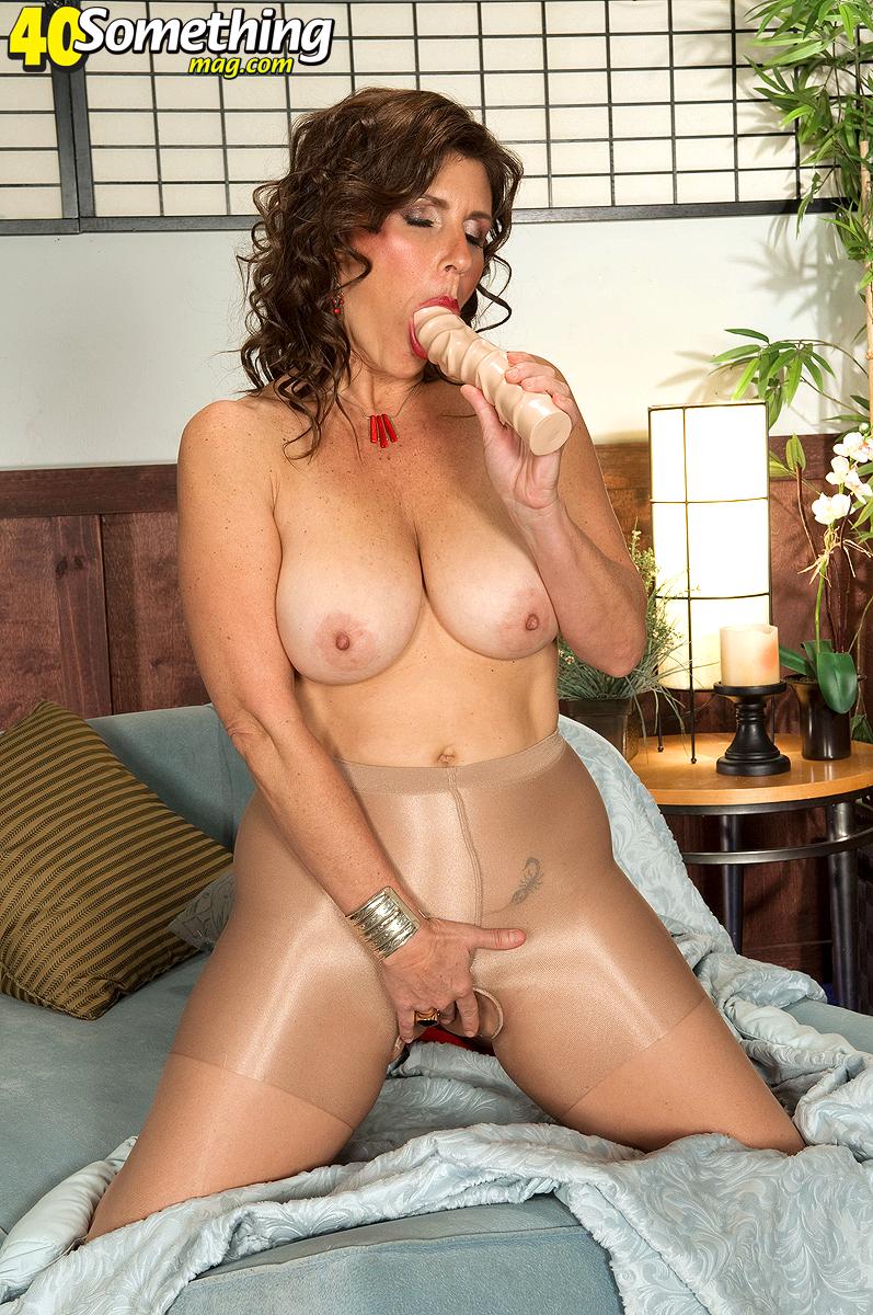Lorena Ponce Naked 84