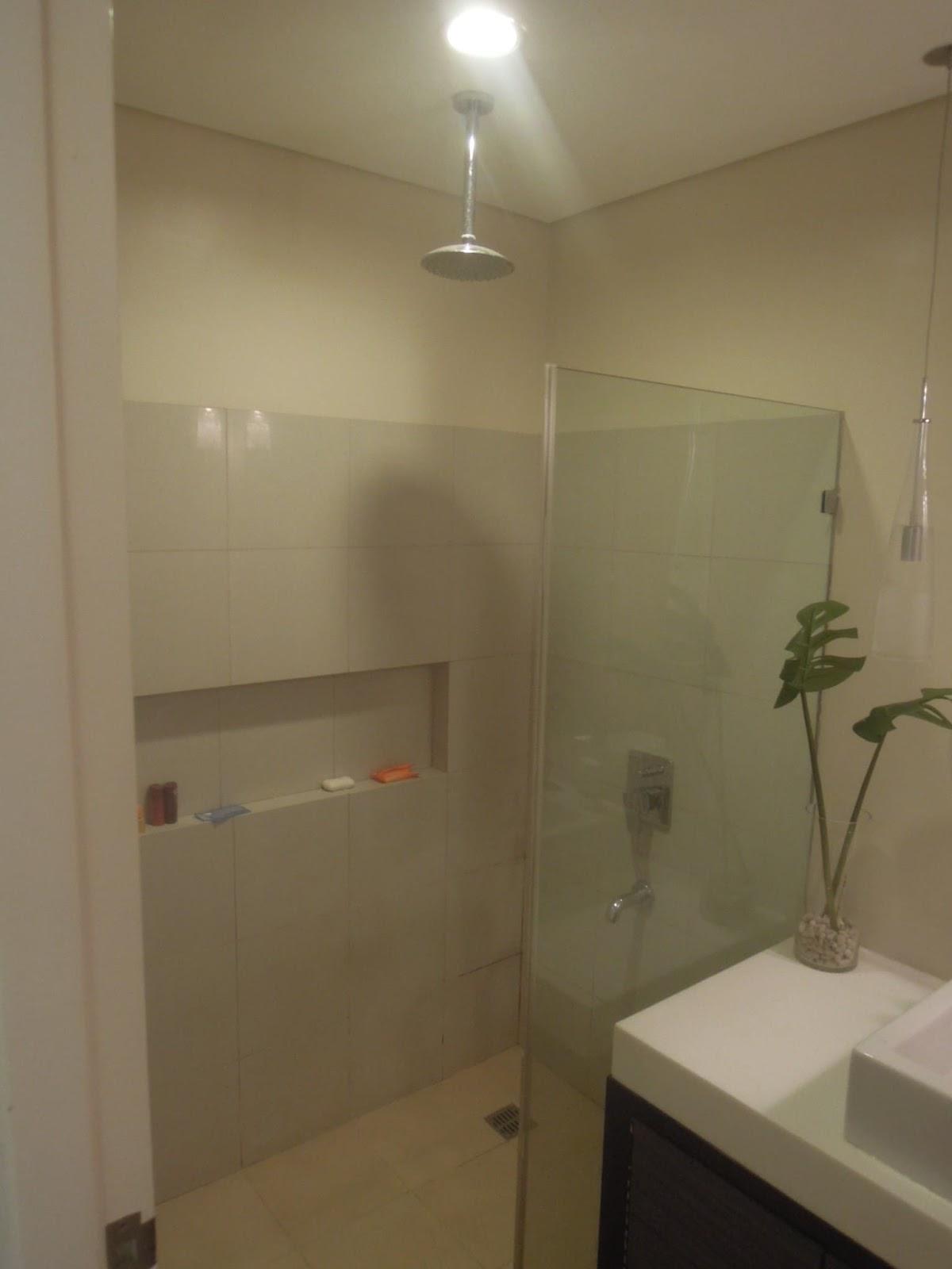 Shower room at Pico de Loro Beach & Country Club
