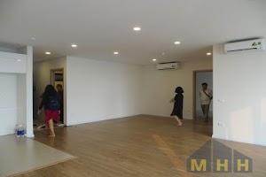 Cho thuê hoặc bán căn hộ Mipec Riverside cầu Chương Dương, view đẹp sông Hồng, Long Biên