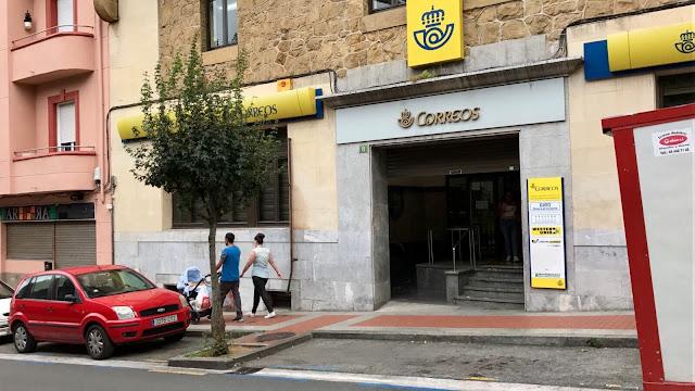 Oficina central de Correos en Barakaldo, en la calle Arana
