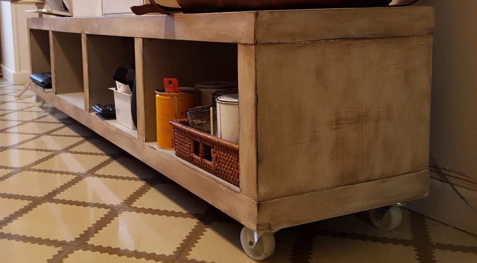 Candini muebles pintados nuevos y redecorados for Pintar muebles de ikea