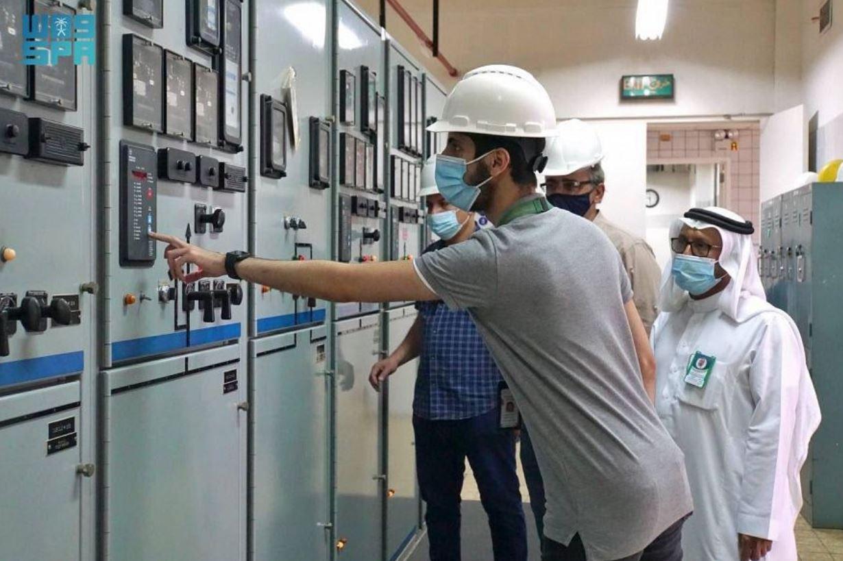 شؤون الحرمين السعودية تستعد لشهر رمضان المبارك وتنفذ تجربة التغذية الكهربائية للمسجد الحرام