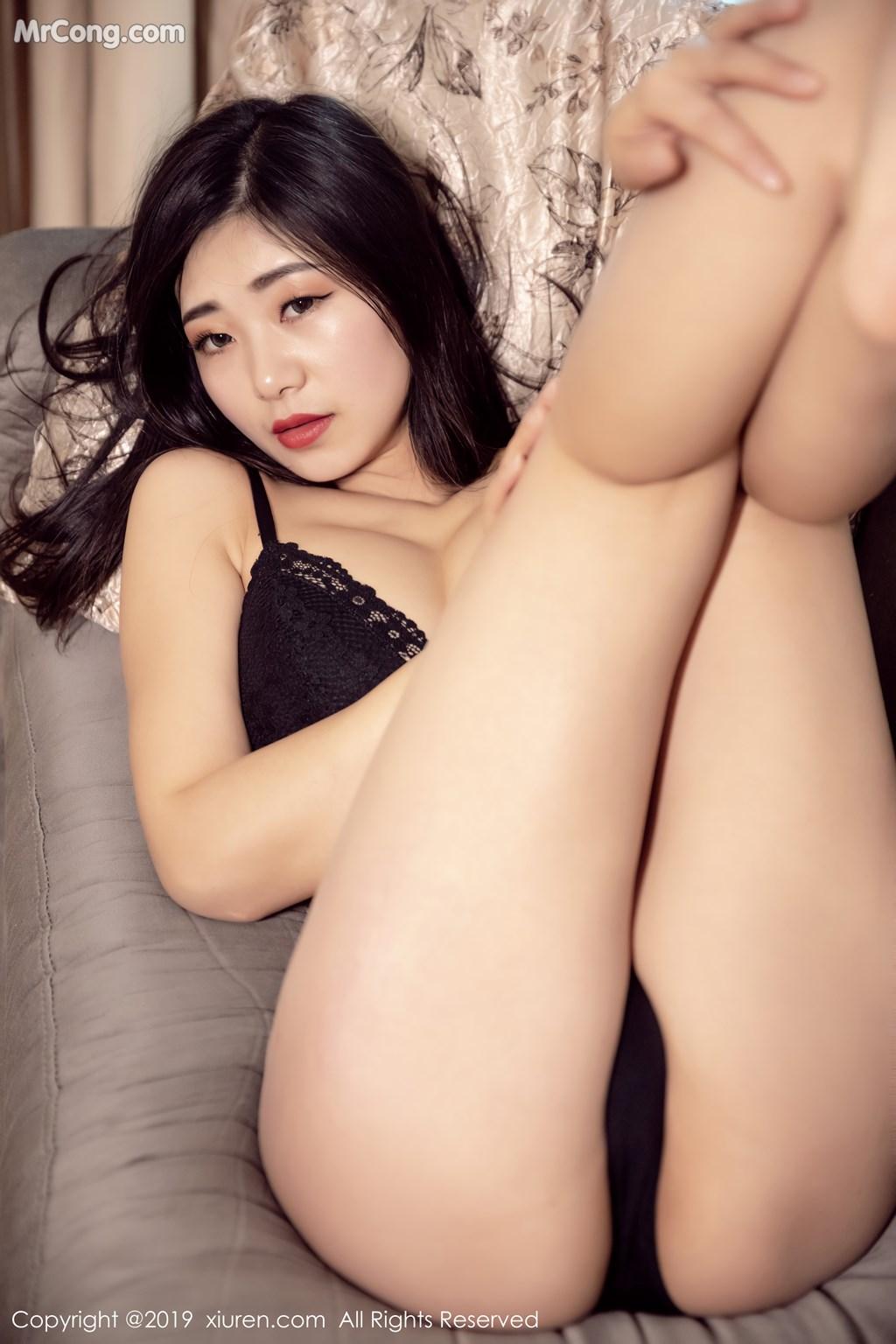 Image XIUREN-No.1327-KiKi-MrCong.com-022 in post XIUREN No.1327: 宋-KiKi (44 ảnh)