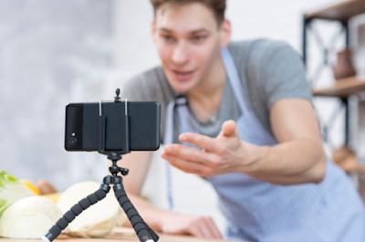 Tips Membuat Vlog Hanya Bermodal Smartphone