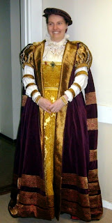 http://evashistoricalcostumes.blogspot.se/p/a-16th-century-swedish-court-gown.html
