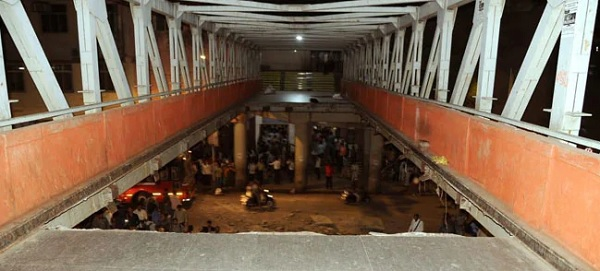 Railway Foot Overbridge collapsed in south Mumbai, death toll rise till 5 and 36 injured