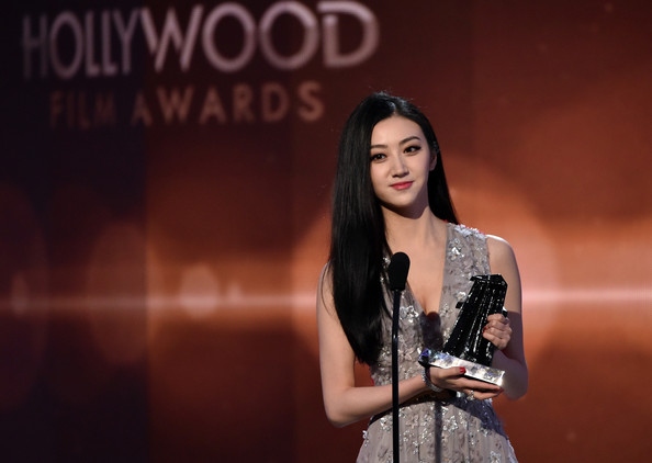 jing tian mendapatkan penghargaan hollywood