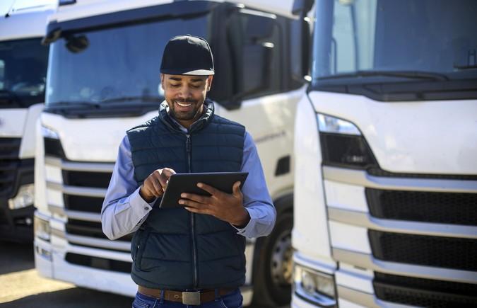 Caminhoneiros de todo o país podem fazer treinamentos online gratuitos