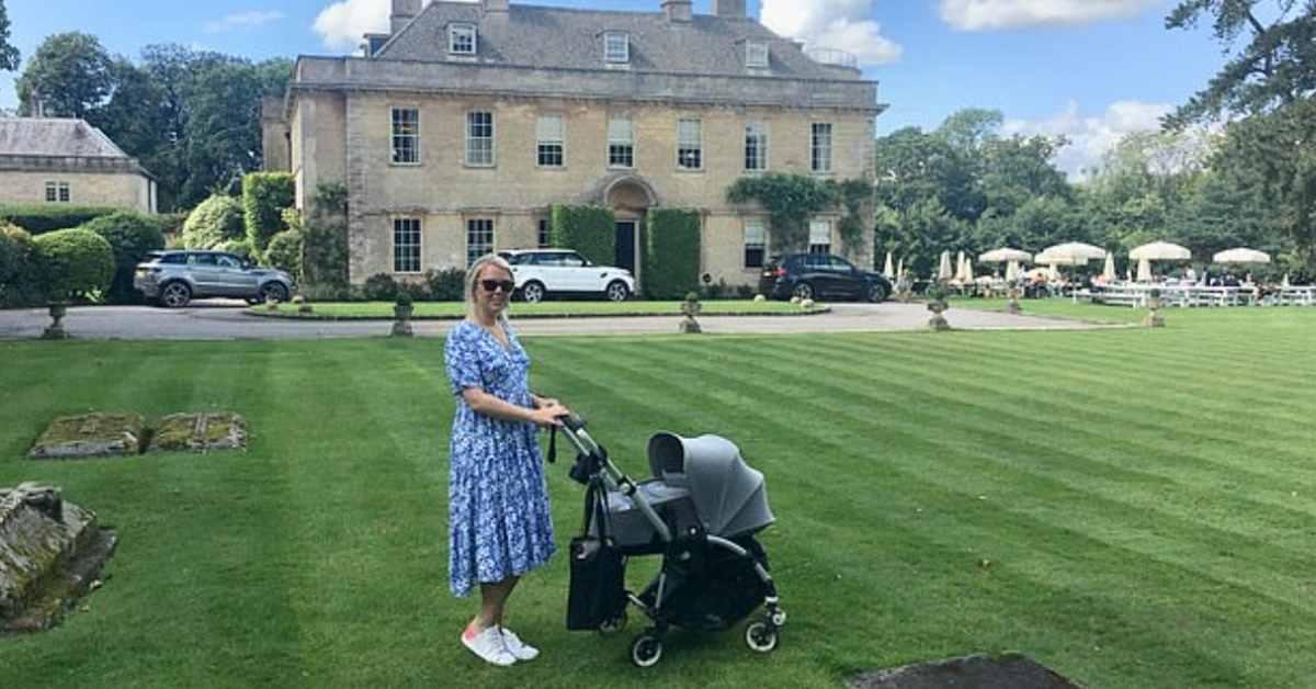Tiffany Norris - a nanny of rich childrens - moniedism