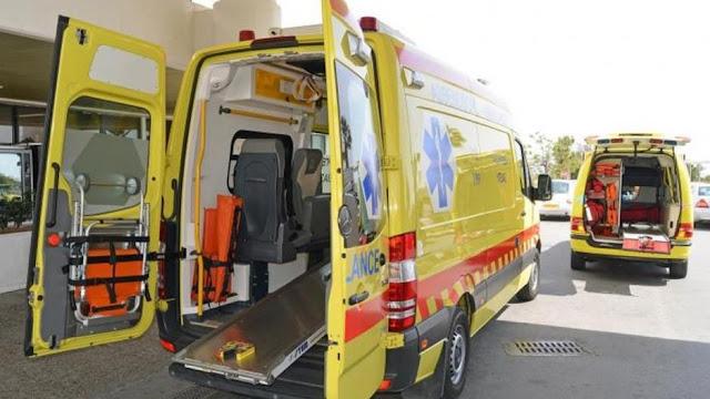 Ιωάννινα:Γέννησε μέσα στο ασθενοφόρο!!
