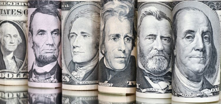 Банкноты долларов США и портреты на них
