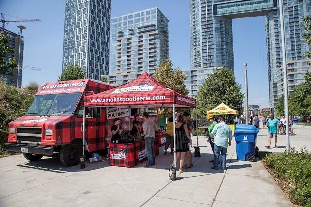 Khám phá ẩm thực ở Toronto
