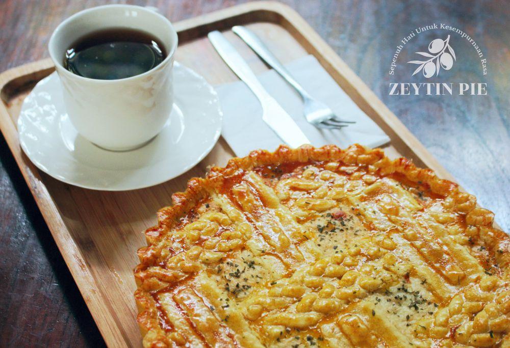 Pie Ayam Jamur - Zeytin Pie