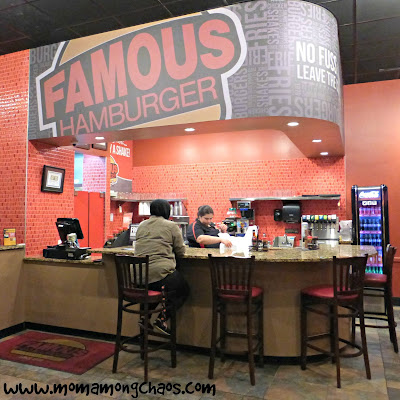 #BloggersDoBurgers, #FamousHamburger, famous, hamburgers, review, restaurant, Dearborn, Michigan,