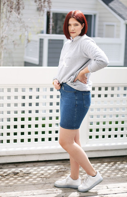 Casual fashion, Calvin Klein, Sweater, denim, fashion blogger, womenswear