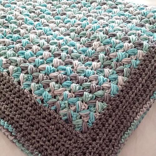 Zig-Zag Puff Stitch Baby Afghan - Free Pattern