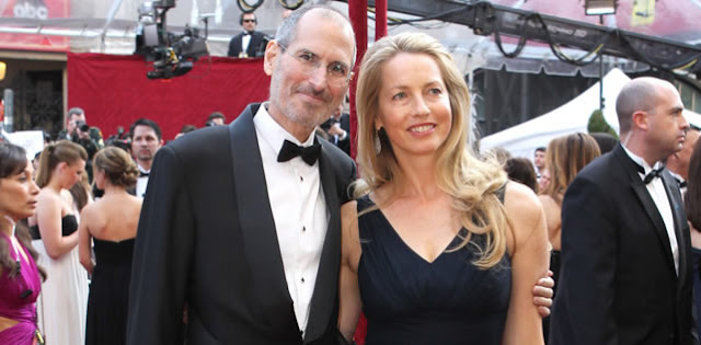 Viúva de Steve Jobs é a mulher mais rica do mundo na área de tecnologia.
