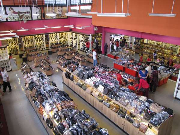 Tajur best place for shopping cheap bags in Bogor