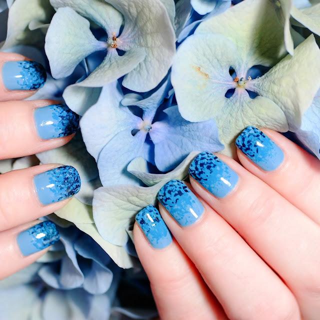 Essie blau