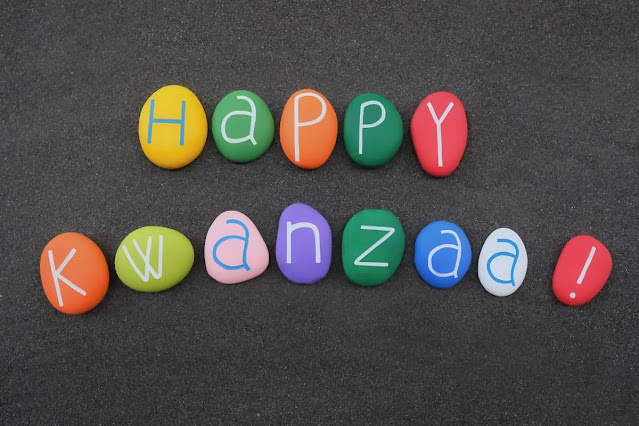 Happy-Kwanzaa-African-American-cultural-celebration-in-the-US