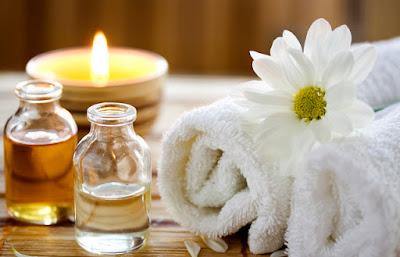 manfaat kegunaan kelebihan kelemahan parfum aksesoris fashion pewangi merek brand branded macam jenis tipe aroma