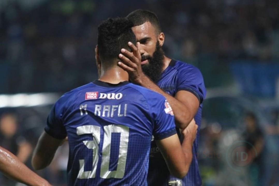 Arema FC Kembali Lumat Lawannya Di Kandang Sendiri