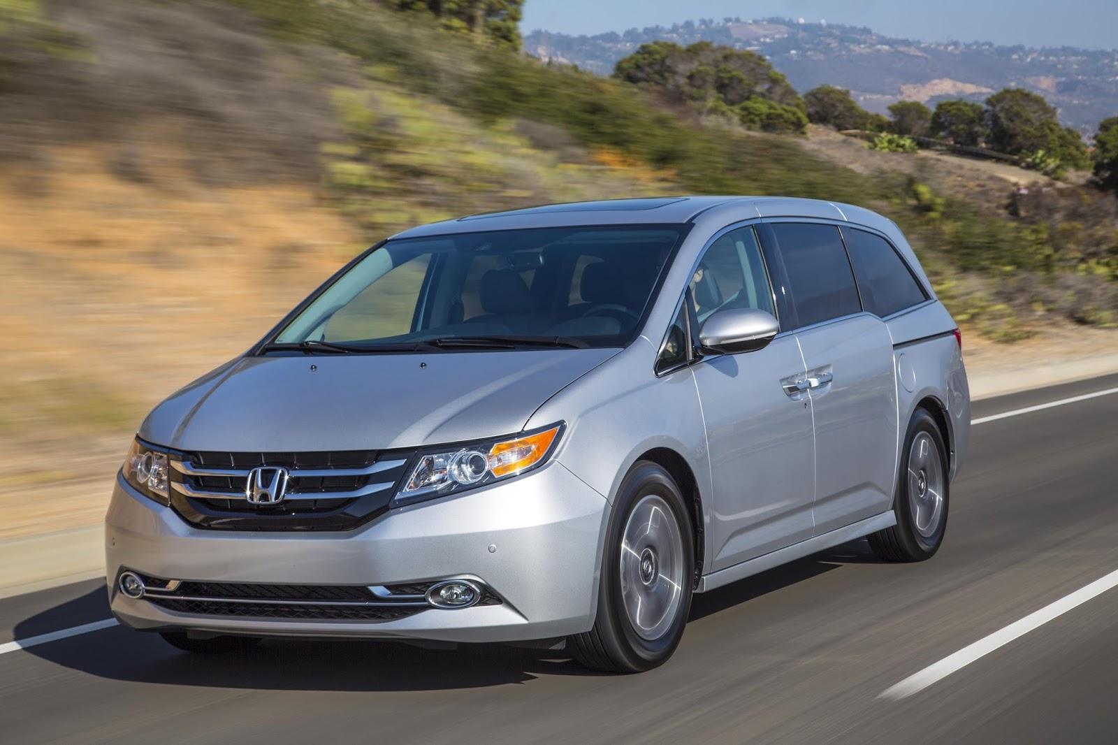 The 2017 Honda Odyssey Continues To Offer Class Leading EPA Fuel Economy  Ratings Of 19/27/22 Mpg 4city/highway/combined Along With A Comprehensive  Selection ...