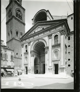 Paolo Monti's 1972 photograph of the Basilica