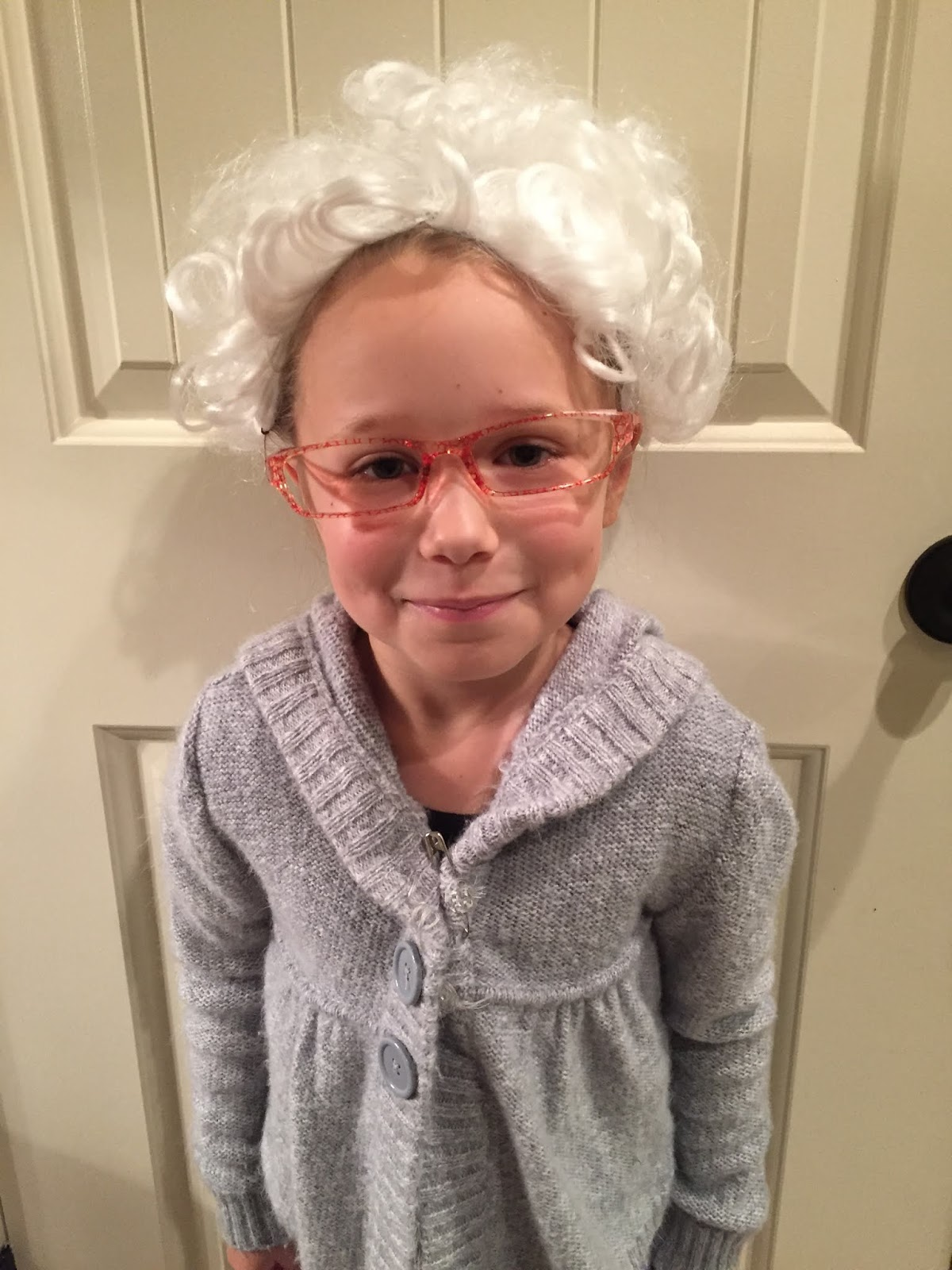 100 year old lady for kindergarten 100 days of school