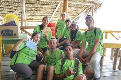 Escola da Família da Escola Yolanda participa do Dia Mundial de Limpeza de Rios e Praias