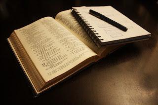 Estudo Bíblico Deus está no controle de tudo