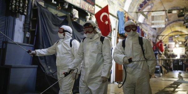 Κορωναϊός: Φθάνουν τους 6.000 οι νεκροί στην Τουρκία
