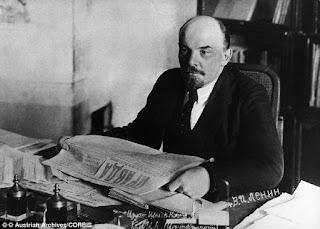 Yahudi Okullarının Millileştirilmesi - Lenin