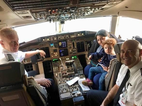 American Airlines vuela a niña ecuatoriana a Tampa
