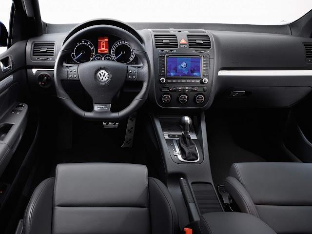 Volkswagen Golf R32 Mk5 - interior