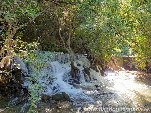 Mini cascada río Bocaleones. Zahara de la Sierra