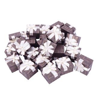 "Коробочка подарочная, под кольцо, картонная ""Геометрияс бантом коричневая"" box22"