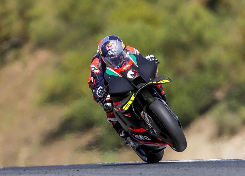 Tanggapan Dovizioso setelah private test di Jerez bersama Aprilia, ingin kembali ke MotoGP musim depan ?