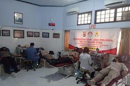 Hari Jadi Ke-72, Polwan Polda NTB Gelar Donor Darah