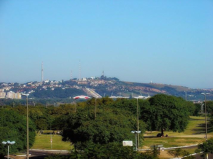 Parque Marinha do Brasil. Gigantinho e Estádio Beira-Rio. Morro Santa Tereza.