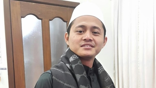 Sunarto, Hafiz Asal Jombang yang Terpilih Jadi Imam Masjid di Uni Emirat Arab