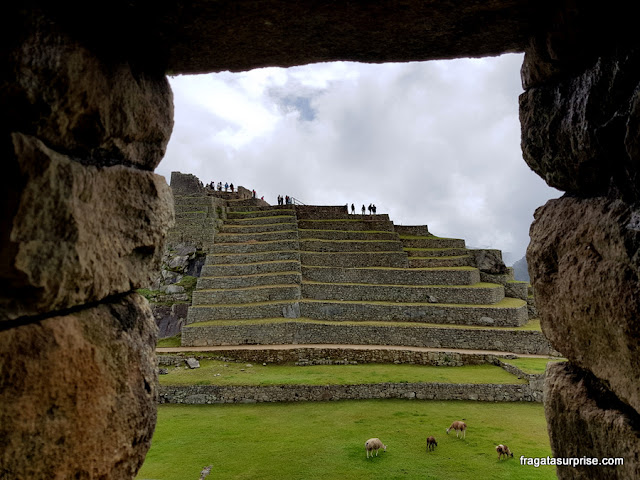 Machu Picchu, Peru - Praça Principal e terraços de cultivo