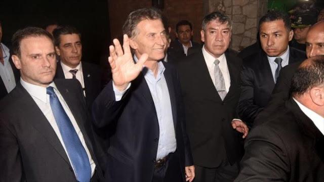 Macri, asustado por ataques, refuerza su custodia